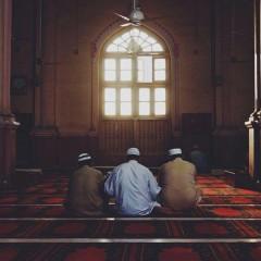 (في ظل الله) رجلان تحابا في الله اجتمعا عليه وتفرقا عليه