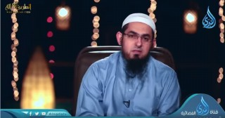 إضغط لمشاهدة ''هنا بكى الصديق / الشيخ محمد سعد (مقطع من برنامج الصديق الأسيف) ''