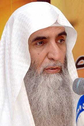 إضغط لمشاهدة ''المريض الذي دخل العمليات رغما عن الدكتور خالد الجبير  ''